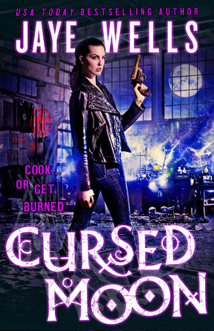 Cursed Moon (2014) by Jaye Wells
